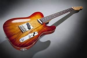 Fender Select Carved Koa Top Telecaster Sienna Edge Burst