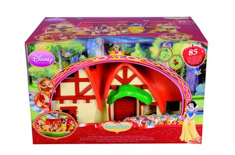 cottage biancaneve regalo di natale disney news room from italy