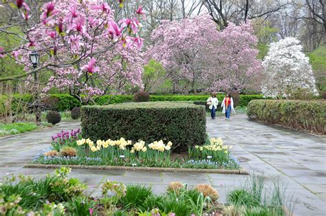 central park conservatory garden see how much central park has changed since the 80s in