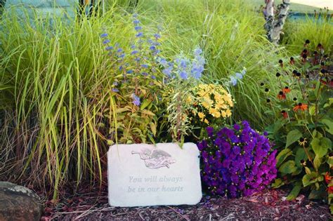 1000+ Ideas About Memorial Gardens On Pinterest