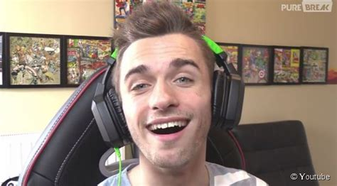 photo de squeezie photo de tous vos youtubeur pr 233 f 233 r 233