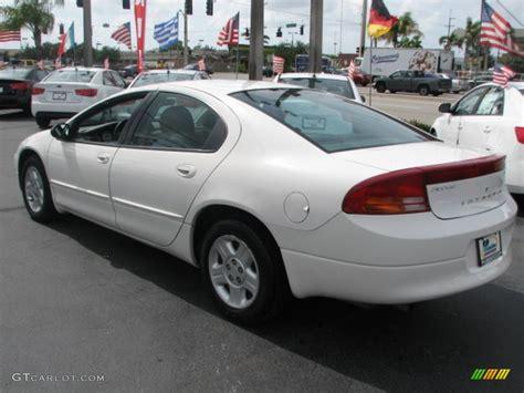 2004 Dodge Intrepid Photos, Informations, Articles