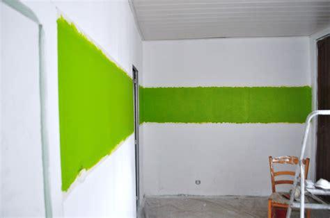 peinture verte cuisine chambre vert anis et marron