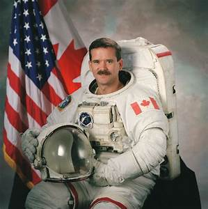 Astronaut Chris Hadfield back on Earth after space mission ...