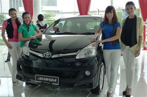 Avanza Modified Malaysia by 2012 Toyota Avanza Launched Rm64 590 To Rm79 590