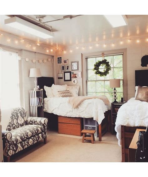 9 Dorm Room Decoration Ideas Dujour