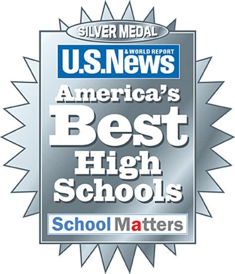 news high schools award