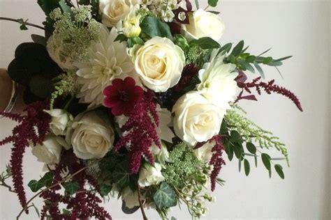 wedding flowers  bath pulteney bridge flowers