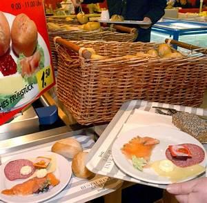 Ikea Frühstück öffnungszeiten Essen : schnellrestaurant test gutes essen bei ikea nur das personal ist zu tr ge welt ~ Yasmunasinghe.com Haus und Dekorationen
