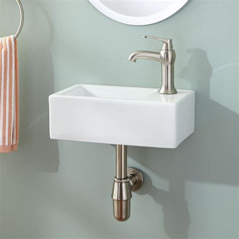 Small Wall Mounted Bathroom Sink by Best 25 Small Bathroom Sinks Ideas On Small