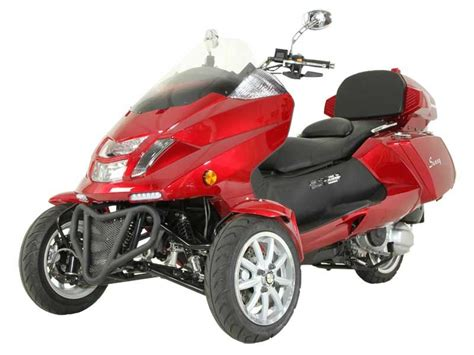 Pictures Of A Trike Moped Bike