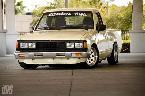 Cowboy Bed Roll by Fs Ft 1986 Nissan 720 Stanced Daily Show Truck Look