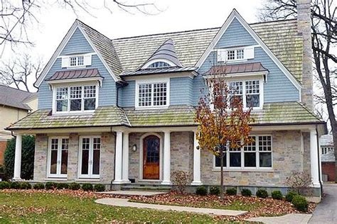 nantucket style homes list price 2 585 million sale