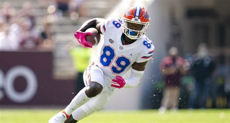 Gators to Pause All Football Activities - ESPN 98.1 FM ...