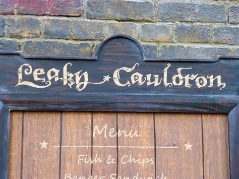 leaky cauldron  universal studios florida orlando parkstop