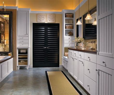 aristokraft bathroom cabinet doors 17 best images about aristokraft cabinetry on