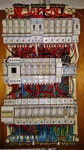 Changer Tableau Electrique : conseils pour remplacer un tableau lectrique triphas ~ Melissatoandfro.com Idées de Décoration
