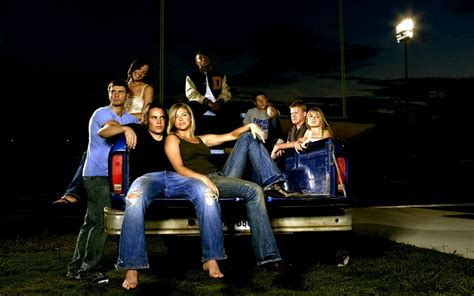 friday night lights book characters 5 great tv shows like friday night lights myteenguide