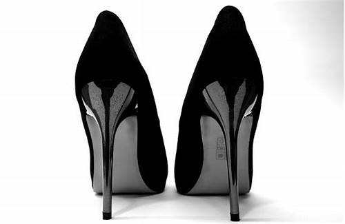These Freaky Ladies Are Open For Stiff Stuff All The Time #High #Heels #Science #Proves #That #Men #Like #Women #In