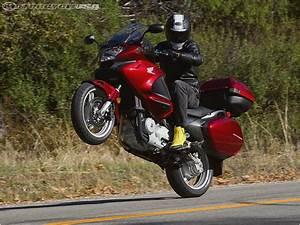 Honda Deauville 700 : honda trx700xx versus yamaha raptor 700 motorcycles ~ Kayakingforconservation.com Haus und Dekorationen