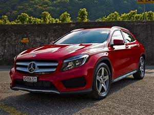 Mercedes Gla 200 : car rental mercedes benz gla 200 d 4matic in europe nomadcar cheap car rental ~ Medecine-chirurgie-esthetiques.com Avis de Voitures
