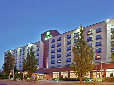 Inflatable Boats Richmond Bc by Holiday Inn Express Vancouver Airport Richmond Hotel By Ihg