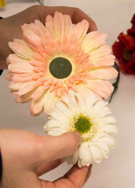 blumen nägel selber machen blumenkranz f 252 r die haare selber machen 26 anleitungen mit gerbera und gartenblumen