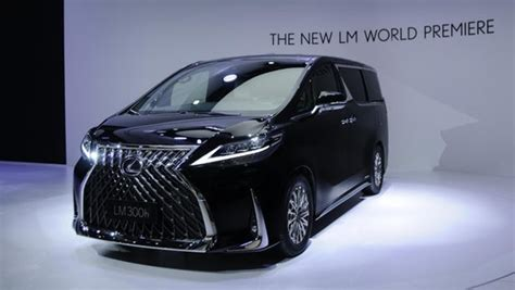 lexus   minivan  proper luxury car  chauffeur