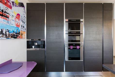 cuisine avec colonne combiné colonne avec électroménager encastré et intégré