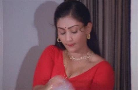 actress masala  sripriya hot boobs  navel exposure
