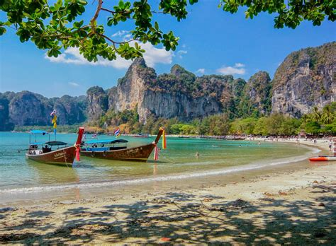 ten most romantic destinations to visit with your love