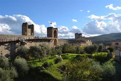 siege embedded monteriggioni c and triathlon c in