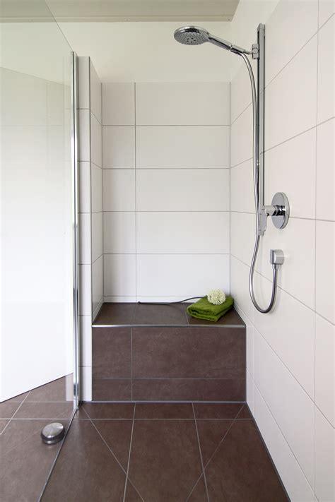 dusche mit sitzbank walk in duschen in top design 15 beispiele die beeindrucken