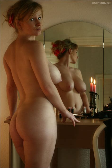 Candlelight Boobs 10279