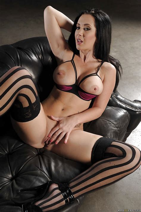 curvy brunette babe jayden jaymes taking off her dress and panties