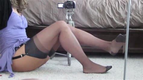 Samanthas Grey Rht Stocking Foot Tease Shemale Porn F4