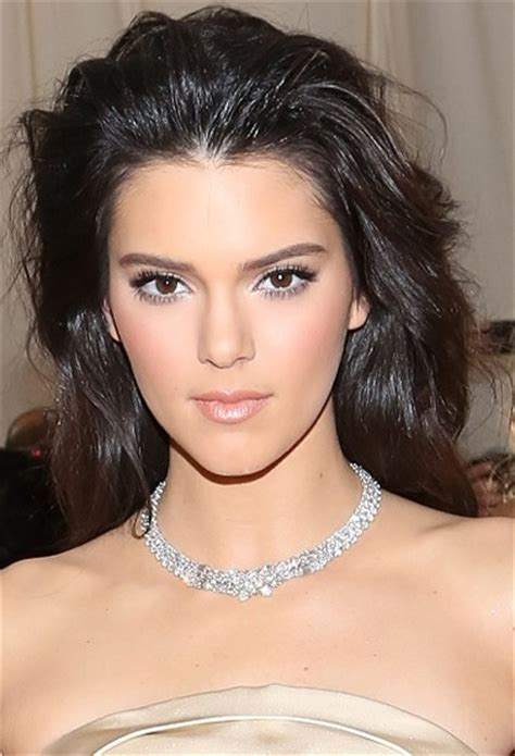 Kendall Jenner Hairstyles   Careforhair.co.uk