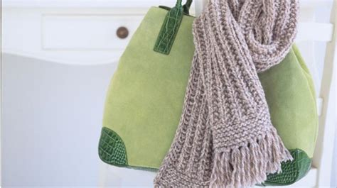 how to knit a scarf homelife how to knit a ribbed scarf
