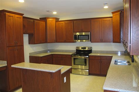 kitchen paint colors with cherry cabinets what color