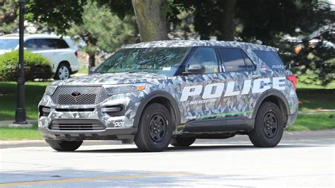 ford explorer police interceptor caught completely