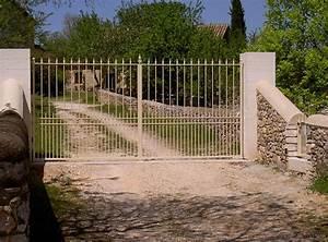 Portail 2 Battants : portail et portillon en fer forg marconnet ~ Melissatoandfro.com Idées de Décoration