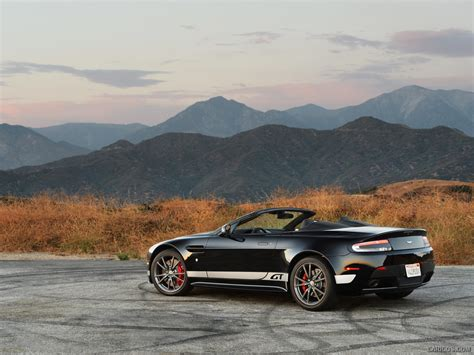 2018 Aston Martin V8 Vantage Gt Roadster Rear