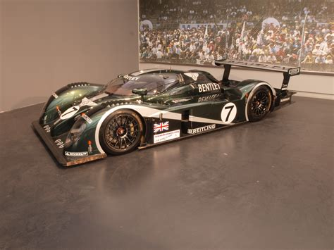 bentley racing file bentley racing car jpg wikimedia commons