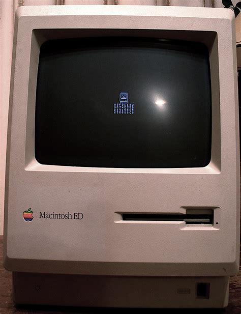 sad mac sad mac   unusually long error code inspire flickr