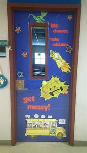 school year themes for elementary school magic school bus door magic school magic school bus