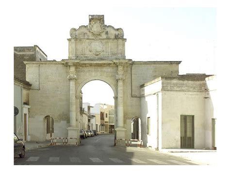 Porta San Giorgio by Porta San Giorgio Cavallino