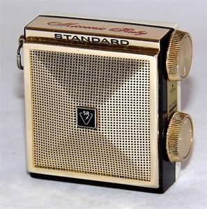 Vintage Standard Micronic Ruby Micro Transistor Radio  Model Sr