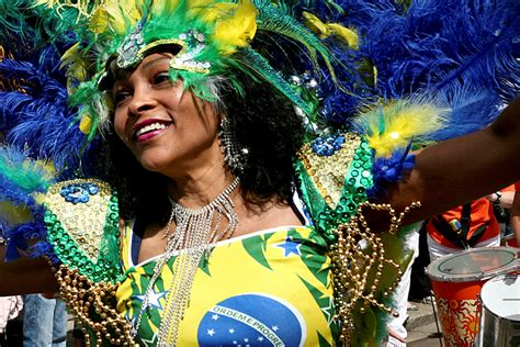 mardi gras  mix  traditions religion  carnival