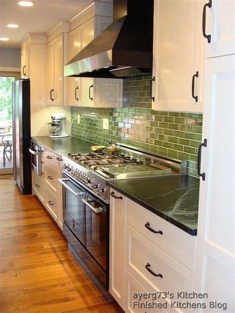 green countertop kitchen 67 best images about kitchen ideas on 1363