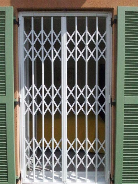 grille de securite extensible sp 233 cialiste grille de d 233 fense m 233 tallique extensible et de protection 224 et cagnes proferm 06